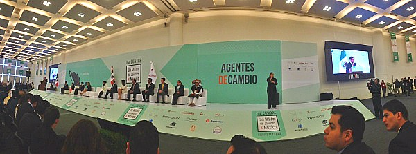 "GOJoven Attends the First ""One Million Youth for Mexico"" Summit"